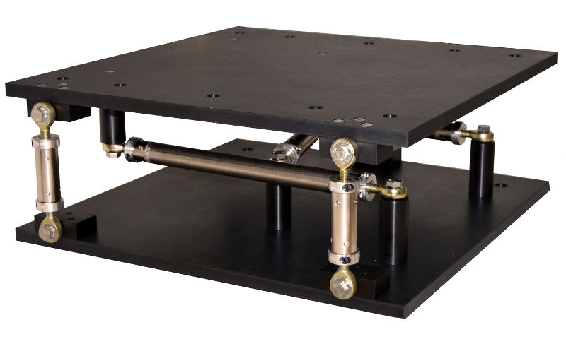 Six strut adjustable stand for aligning heavy loads